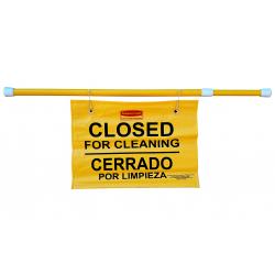 Cartel de seguridad colgante multilingüe - Closed for Cleaning | Cerrado por limpieza